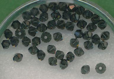 Swarovski Glasschliffperlen 3mm schwarz