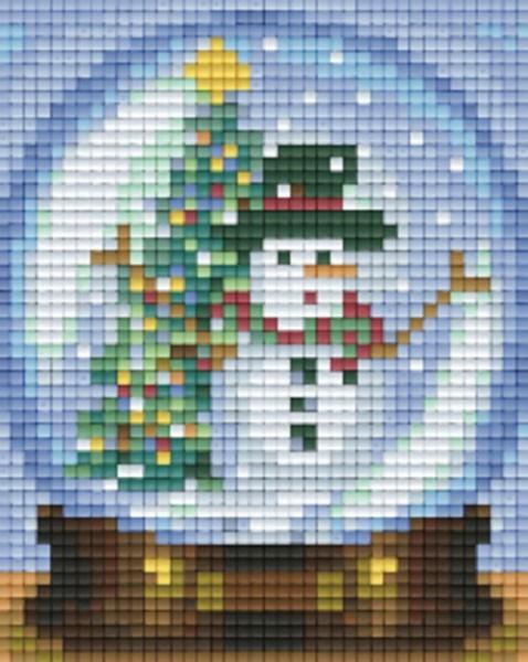 801454_Pixelset-Schneekugel