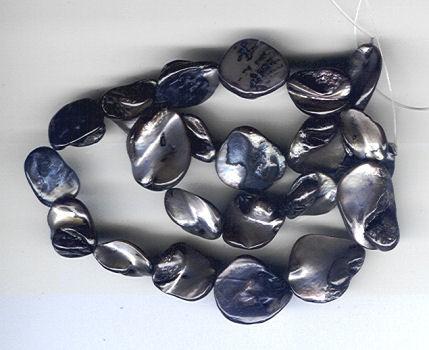 Muschelschalenperlen grau